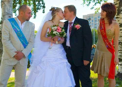 Свидетель на свадьбе с девушкой