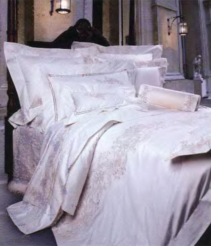 Голые постельные новобрачные фото 131-676