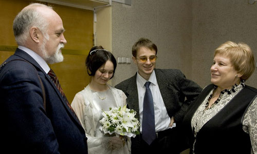Что подарить на свадьбу невесте от свекрови